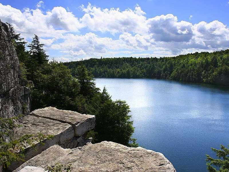 Lake Minnewaska lookout point